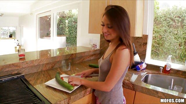 वयस्क कोई पंजीकरण  नर्स स्तनों उपयोगी सेक्सी फुल मूवी वीडियो है