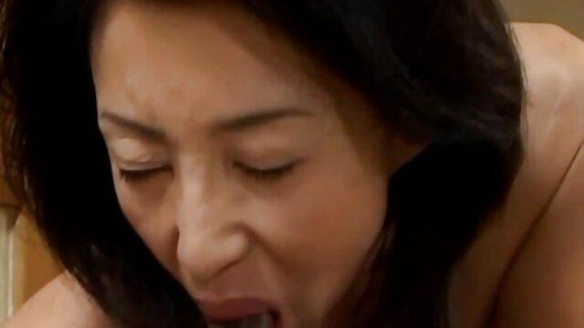 वयस्क कोई पंजीकरण  खूबसूरत लड़की सेक्सी मूवी वीडियो हिंदी में डीप गले और पीछे से गड़बड़ -
