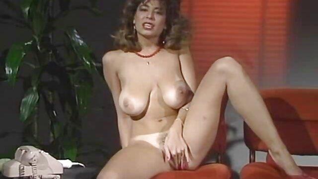 वयस्क कोई पंजीकरण  उसके मुँह में उसके प्रेमी की सेक्सी एचडी हिंदी मूवी पैंट के साथ अचयनित
