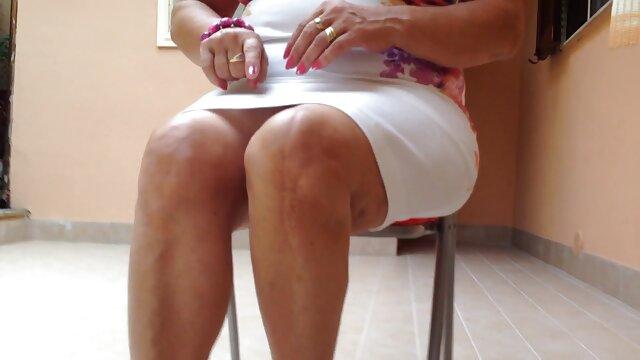 वयस्क कोई पंजीकरण  काम फुल हद सेक्सी मूवी का एक लंबा दिन के बाद घर पर आराम